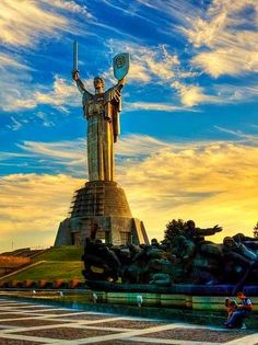 The Motherland Monument | Kiev, Ukraine | (https://en.wikipedia.org/wiki/Mother_Motherland,_Kiev)