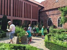 Klooster Ter Apel@kloosterterapel 17-26 juni: @WWrijgt! 10 dagen tuinen & kunst in Westerwolde. Programma in onze Kruidentuin: kloosterterapel.nl/nl/evenement-w…