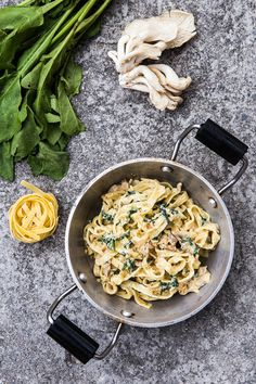 Těstoviny se špenátem a hlívou představují výbornou kombinaci chutí, která vás rozhodně nezklame!; Jakub Jurdič