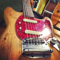 1965 Fender mustang...Sounds like 1965!