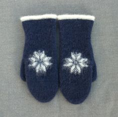 Knit Mittens, Wet Felting, Knitwear, Knit Crochet, Knitting Patterns, Slippers, Socks, Embroidery, Wool