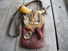 Contemporary Makers: What's In Your Bag, Brian Barker? Mountain Man Clothing, Shooting Bags, Viking Braids, Viking Men, Powder Horn, Longhunter, Fur Trade, Work Bags, What's In Your Bag