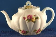 Dainty Shelley Begonia Teapot Tea Pot