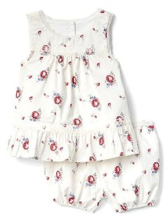 8139d6410149 Gap Baby Floral Peplum And Short Set Ivory Frost Size 0-3 M Baby Girl