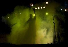 Fomunity - Concurso fotográfico «Amarillo»  Título: el rock es para siempre.