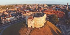 This stunning new film of York will make you fall in love with the city all over again Current Location, North Yorkshire, Falling In Love, Contemporary Art, Make It Yourself, Film, Watch, Image, Movie