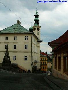 El ayuntamiento Banska Stiavnica #eslovaquia http://www.pacoyverotravels.com/2014/04/que-ver-banska-stiavnica-calvario-eslovaquia.html