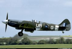Supermarine 389 Spitfire PR19 aircraft picture