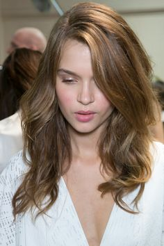 Light brown hair, simple and pretty
