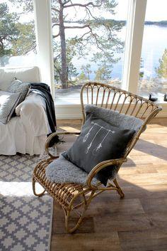Upea sisustustyyny huvilalle: FACTORY by Tarja Ritari Design -uutuus Decor, Cottage Design, Boho Decor, Outdoor Chairs, House, Summer Cottage, Interior Design, Home Decor, Lake House