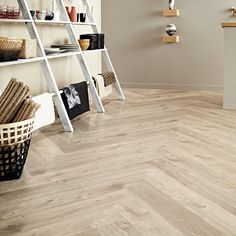 Buy Amtico Spacia Sun Bleached Oak herringbone oak floors online from Vincent Flooring. Best prices, delivered direct to your home. Shop now. Amtico Flooring Kitchen, Hall Flooring, Diy Flooring, Linoleum Flooring, Flooring Ideas, Luxury Vinyl Flooring, Luxury Vinyl Tile, Amtico Spacia, Herringbone Tile Floors