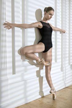 Ballerina posing in studio by Andrey Bezuglov on 500px