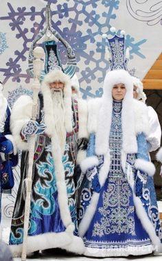 якутский Дед Мороз Father Christmas, Christmas And New Year, Christmas Fun, Costume Ethnique, Russian Santa, Snow Theme, Snow Maiden, Ded Moroz, Santa Suits