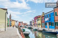 Discover the lace-making and glass blowing traditions of Murano and Burano on a leisurely 5-hour tour of Venice. Head into the Venetian lagoon to watch glass and lace-making demonstrations, with options to buy items at a discount.