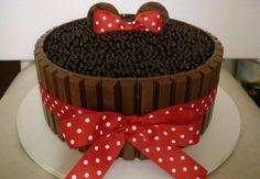 Trendy baby girl birthday cake so cute minnie mouse Bolo Da Minnie Mouse, Bolo Mickey, Minnie Mouse Party, Baby Girl Birthday Cake, Mickey Mouse Birthday, Candy Cakes, Cupcake Cakes, Gateau Theme Mickey, Chocolate Garnishes