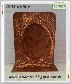 Porta Retrato  envelhecido de talhe em relevo-mdf madeira http://www.amocarte.blogspot.com.br/