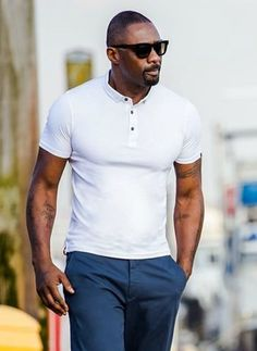 idris elba white polo shirt for men Idris Elba, Best Polo Shirts, Stylish Men, Men Casual, Casual Styles, Polo Shirt Outfits, White Polo Shirt Outfit, Dark Skin Men, Moda Formal