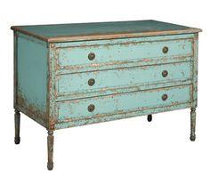 Distressed Vintage Dresser  #projectnursery #franklinandben #nursery