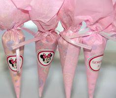 tus Dulces Deseos: Mesa dulce de Minnie Minnie Mouse Rosa, Minnie Mouse Party, Mouse Parties, Minnie Birthday, Frozen Birthday Party, Girl Birthday, Baby Showers, Baby Girl Sprinkle, Daisy Party