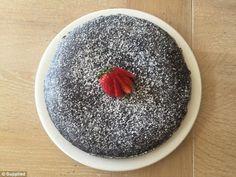 Το εντυπωσιακό σοκολατένιο κέικ χωρίς αυγά, γάλα και βούτυρο που κάνει θραύση στο ίντερνετ! - Healing Effect