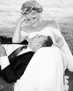 Bizimkisi bir aşk hikayesi / siyah beyaz film gibi biraz ❤️🎶 #gelinlik #gelin #damat #ankara #aşk #alyans #nikah #ken_fotograf #wedding #bride #sevgili #fotoğrafçı