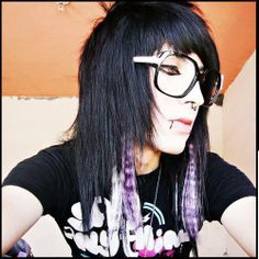 emoxion  doll - long hair man - bangs