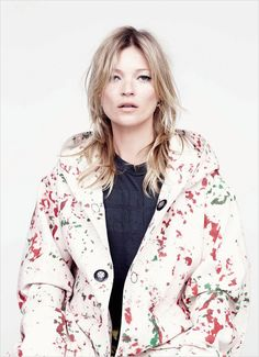 Kate Moss in Raf Simons/Sterling Ruby for AnOther Magazine Photography by Willy Vanderperre, Styling by Olivier Rizzo Moss Fashion, Fashion Beauty, 3d Fashion, Fashion Ideas, Fashion Inspiration, Raf Simons Sterling Ruby, Best Fashion Magazines, Kate Moss Style, Fashion Cover
