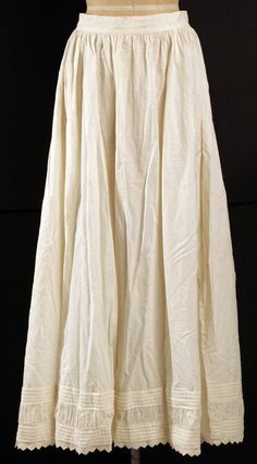 Petticoat, MET C.I.44.93.6. Ruched inset between tucks. Hem dagged and embroidered.