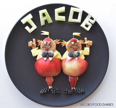 TWEEDLE DUM & TWEEDLE DEE from ALICE IN WONDERLAND by JACOB'S FOOD DIARIES (@jacobs_food_diaries)