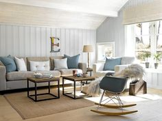 The colors in the living room goes from white to beige and blue in different shades. This makes the room look tidy, even with many details. Hygge, Home Living Room, Living Room Decor, Cabin Interior Design, Piece A Vivre, Cottage Interiors, Beautiful Living Rooms, Fashion Room, Living Room Inspiration