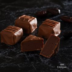 Chocolates, Ganache, Side Dishes, Cake Decorating, Candy, Desserts, 35, Food, Sauces