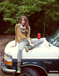 Chic Camping Ensembles - The Cardigan Fall 2011 Lookbook is Full of Comfortably Stylish Outfits (GALLERY)