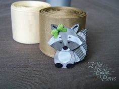 The beginning of my new collection, Woodland Creatures! This little Raccoon Ribbon Sculpture Hair Clip is the first of many little woodland animals to become adorable little Handmade in the USA by Ella Bella Bows. Ribbon Hair Clips, Baby Hair Clips, Ribbon Art, Ribbon Hair Bows, Diy Hair Bows, Flower Hair Clips, Homade Christmas Ornaments, Christmas Hair Bows, Raccoon Craft