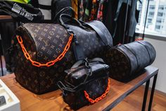 Here's the Price List of Virgil Abloh's Louis Vuitton Collection: Take a closer look at the monogram bags, accessories and more. Handbags Michael Kors, Louis Vuitton Handbags, Louis Vuitton Speedy Bag, Louis Vuitton Monogram, Lv Handbags, Louis Vuitton Duffle Bag, Louis Vuitton Hombre, Virgil Abloh Louis Vuitton, Louis Vuitton Collection