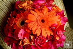 Bahamas Wedding pictures - tropical wedding bouquet. Chic Bahamas Weddings