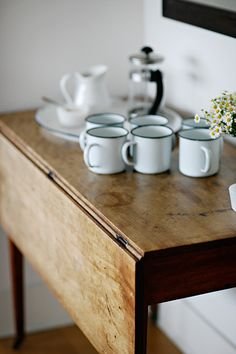 farmhouse drop-leaf table with enamelware Home Kitchens, House Styles, Kitchen Remodel, Sweet Home, Interior, Kitchen, Kitchen Dining, Enamelware, Home Decor