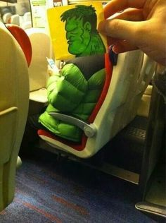 Now here's something fun to try during your next bus ride! Gotta love The Incredible Hulk! Illustrator October Jones spruces up the daily train commute by turning fellow passengers into funny cartoon characters with his post-it note doodles. Cartoon Head, Funny Cartoon Characters, Cartoon Faces, Cartoon People, October Jones, Funny Drawings, Cartoon Drawings, Kawaii Drawings, Perfectly Timed Photos