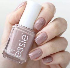 Essie - Lady Like