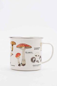Emaillierte Tasse mit Pilzmotiven