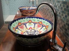 English: Our Mexican wash basin MEX 4 combines with its conical shape rustic hacienda charm with the typical Mexambiente elegance. Bowl Sink, Kegel, Downstairs Bathroom, Mexican Art, Home Reno, Home And Living, Bunt, Serving Bowls, Shapes