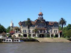 """""""""""TIGRE"""""""" en su delta, el club de regatas La Marina.Buenos Aires, Argentina"""