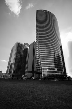 La défense - EDF Tower by Morgann CHAUVEAU on 500px Skyscraper, Cities, Multi Story Building, Tower, Skyscrapers, Rook, Computer Case, City, Building