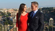 Daniel Craig's Advice to the Next James Bond: Don't Be Shit