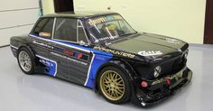 This Stunning BMW 2002 Drift Weapon Has Just Gone Up For Sale - If you're quick you could be the proud owner of one of Europe's most iconic drift cars: Smokehunters' 1973 BMW 2002 Porsche, Audi, Bmw 2002, Retro Cars, Vintage Cars, 3 Bmw, Nissan, Bmw Autos, Bmw Classic Cars
