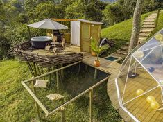 Glamping in Colombia: 10 epic places to sleep Bell Tent Camping, Camping Glamping, Camping Tips, Luxury Glamping, Luxury Tents, Camping Con Glamour, Outdoor Reisen, Bubble Tent, Shower Tent