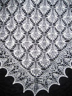 Estonian Jewel pattern by Beatrice Olsson This shawl pattern was d… - Tuch Stricken Lace Knitting, Knitting Stitches, Knitting Patterns, Crochet Patterns, Knitting Tutorials, Knitted Shawls, Crochet Shawl, Knit Crochet, Tunisian Crochet