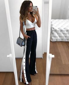 44 Charming Adidas Pants Outfit Ideas Like a Street Style Pro Mode Outfits, Trendy Outfits, Fashion Outfits, Womens Fashion, Fashion Fashion, Outfit Chic, Pants Outfit, Fiesta Outfit, Vetement Fashion