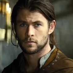 Chris Hemsworth as The Huntsman - this is now how I will picture Faramir, forever