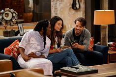Dan Schneider, Nickelodeon Shows, Live Channels, New Tv Series, Cbs Sports, Miranda Cosgrove, Video On Demand, Comedy Series