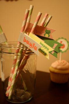 straw tags